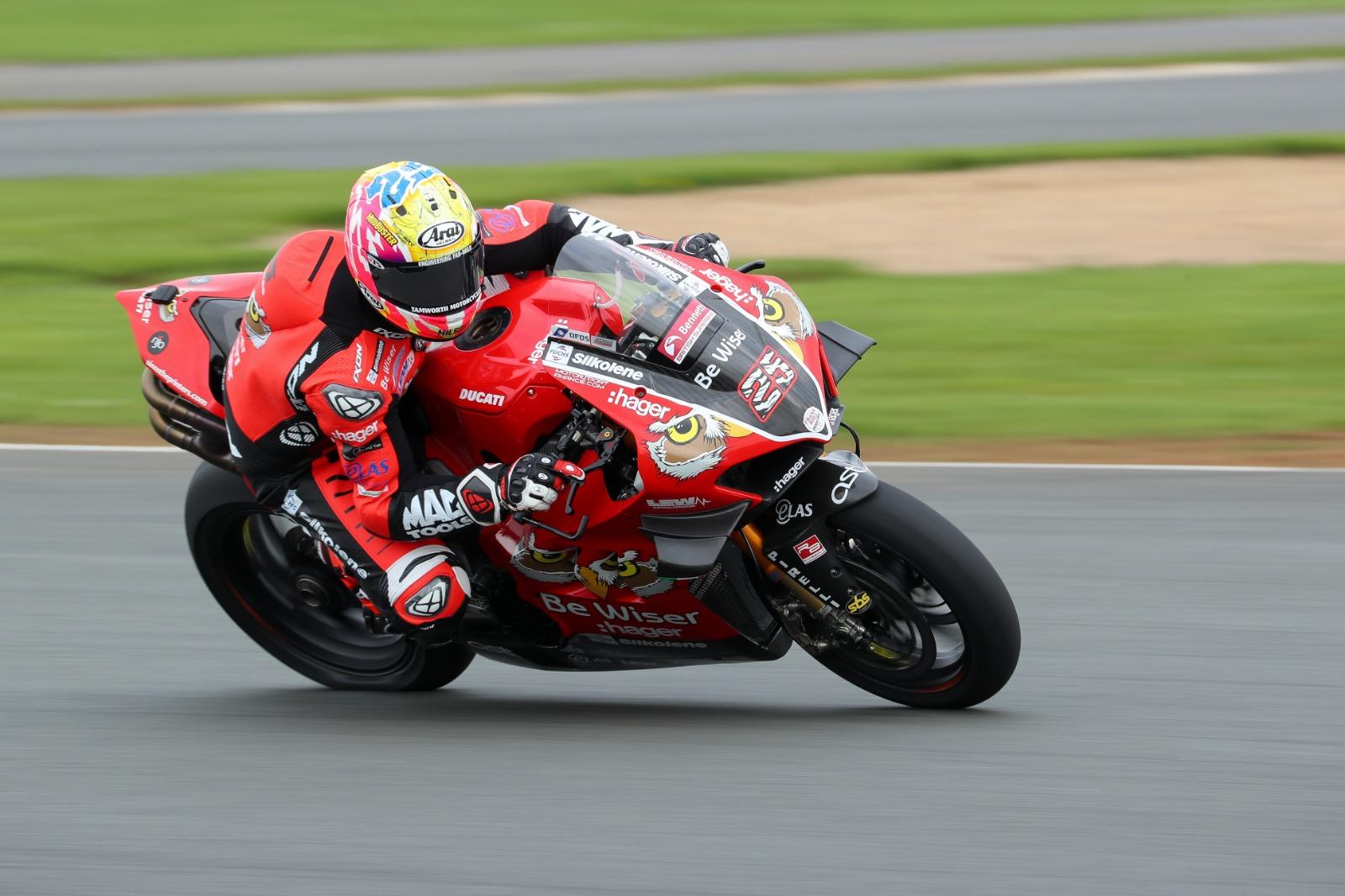 Bennetts Motorbike Insurance >> BSB Thruxton - Race 2 Results   Visordown
