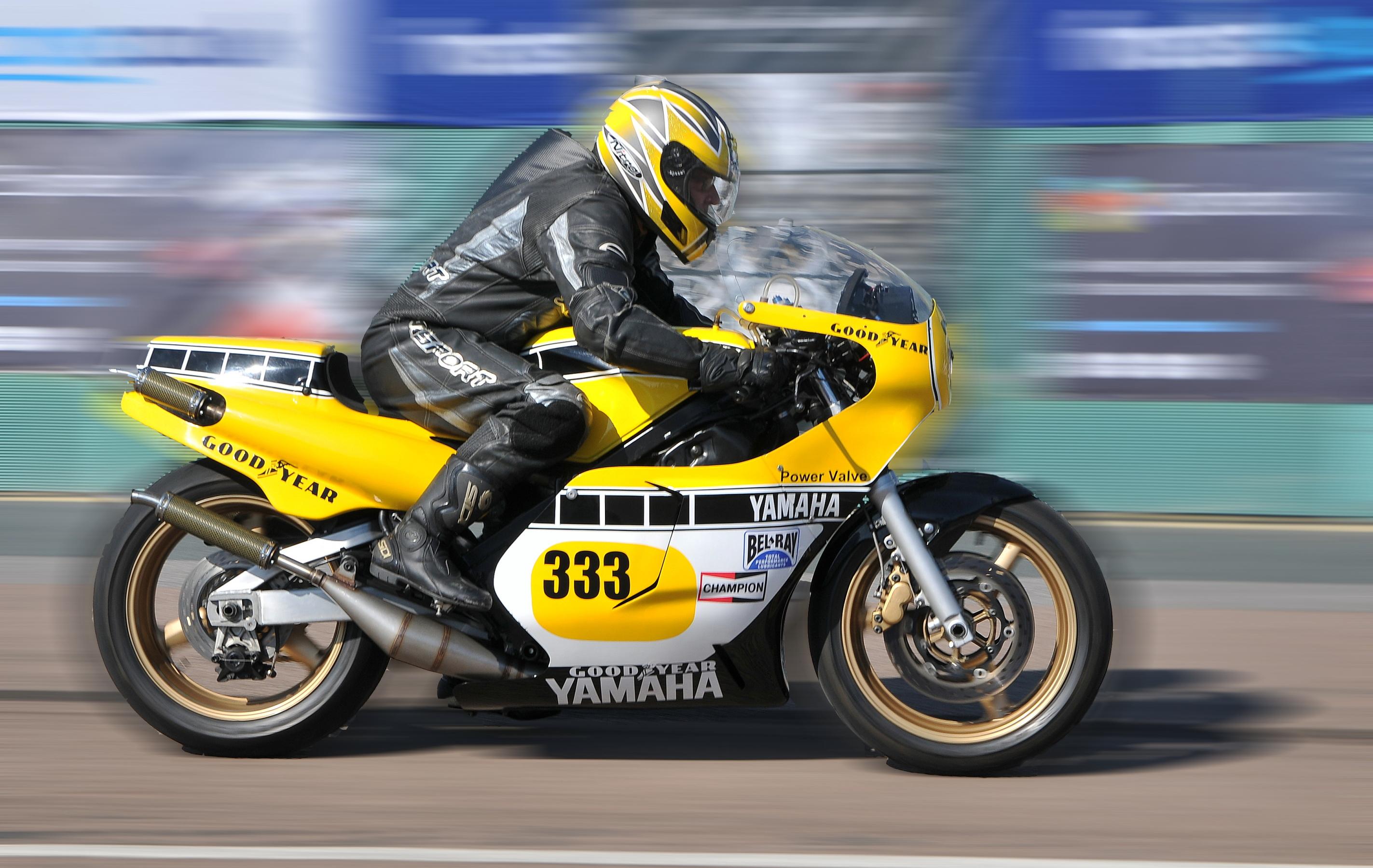 Yamaha RD500 LC at Brighton