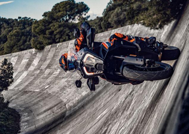 Анонсирован 2021 KTM 1290 Super Adventure S