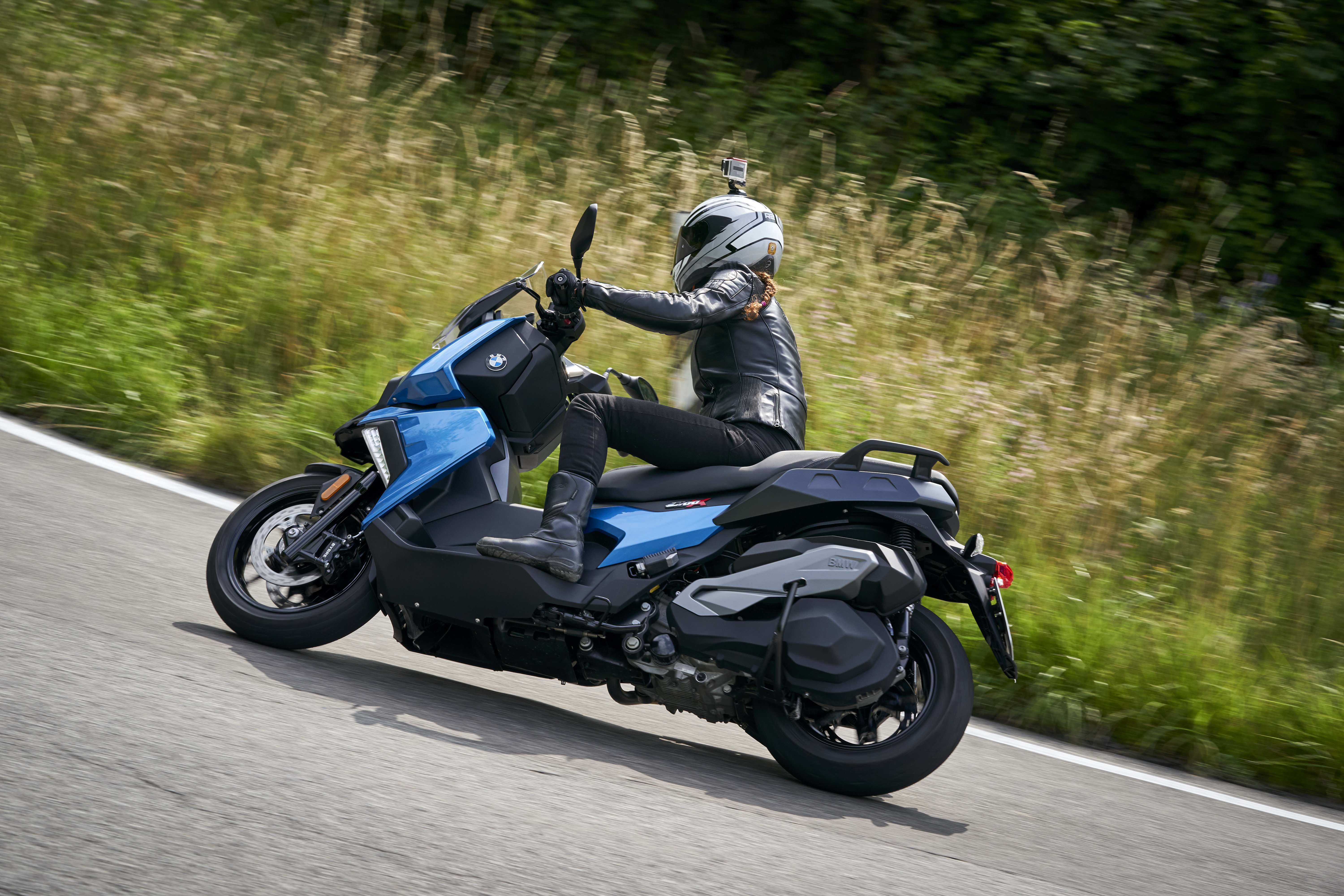 First ride: BMW C400X scooter