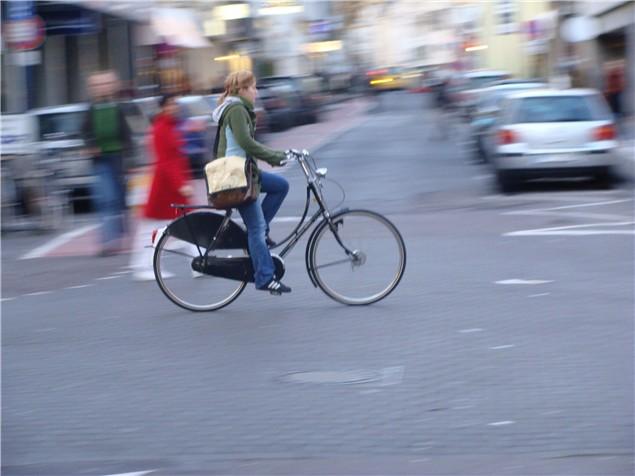 Велосипедисты должны носить камеры, чтобы сообщать об опасном вождении