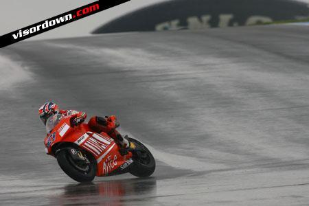 MotoGP: Stoner fastest in first Donington practice