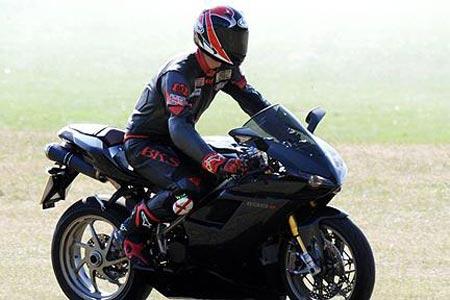 ducati 1198s road test Visordown Motorcycle News