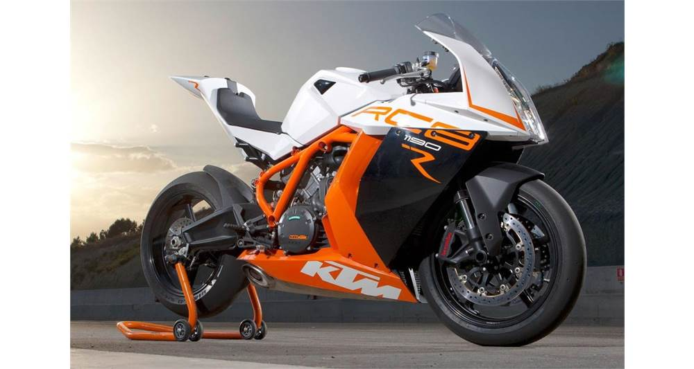 RC8 R