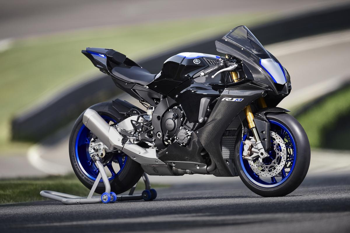 2020 Yamaha R1 and R1M o    | A superbike for the masses