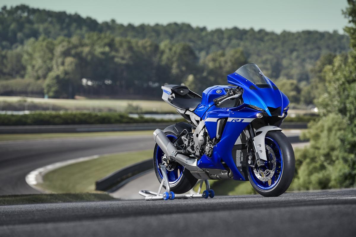 Yamaha m1 2020