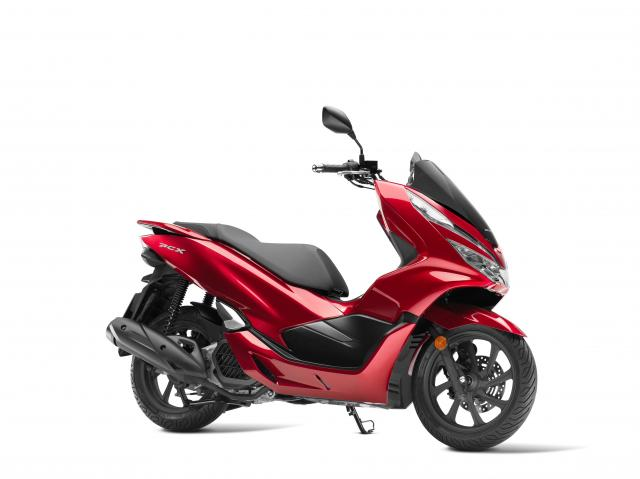 Honda's PCX125 gets a total revamp for 2018