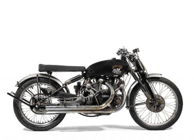 Elvis' Harley-Davidson FLH 1200 sells for 0,000