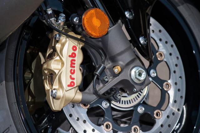 2013-Suzuki-Hayabusa-brembo brake