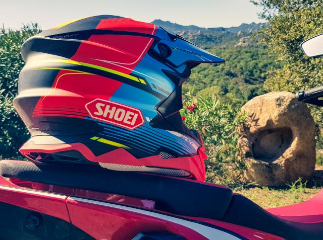 Shoei VFX-WR motorcycle helmet | Review