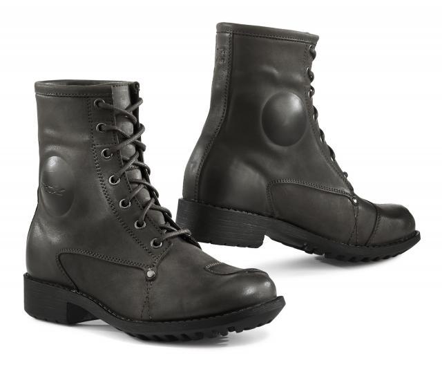 TX ladies Blend boots