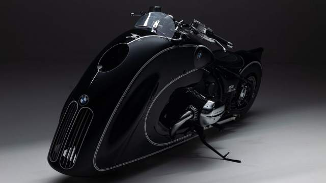 BMW R18 First Edition Spirit of Passion