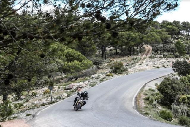 Ducati Diavel 1260S Review