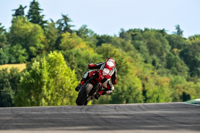 Ducati Streetfighter V4 S Visordown review