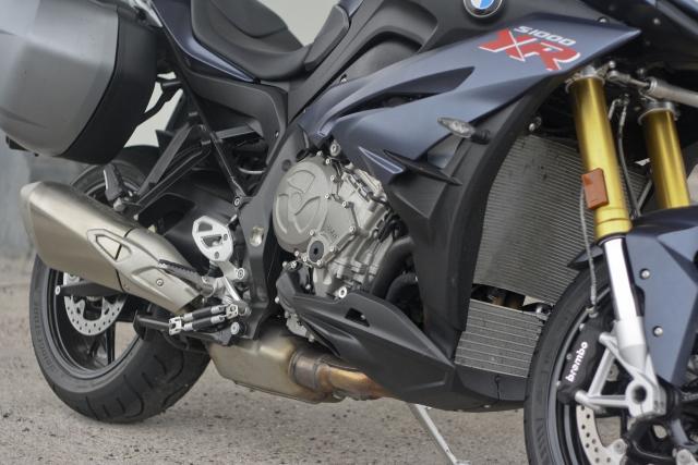 BMW S1000XR engine