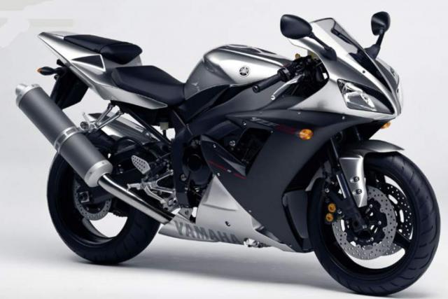 2002 - 2003 Yamaha R1