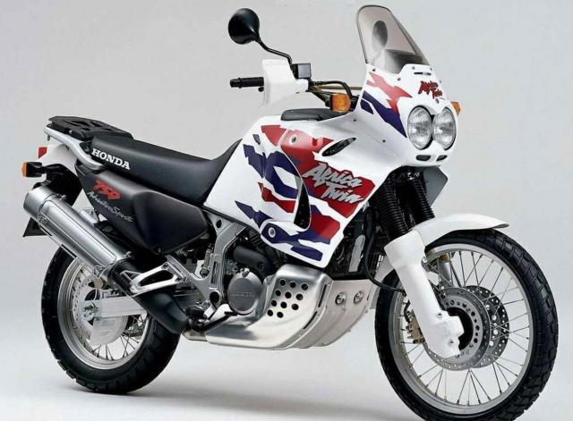 XRV750 P-S Honda Africa Twin (RD-07)