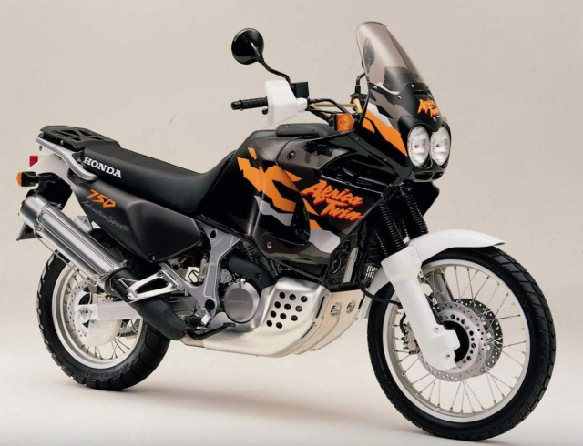 XRV750T Honda Africa Twin (RD-07A)