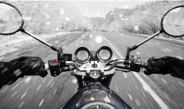 how to ride a motorcycle in snow