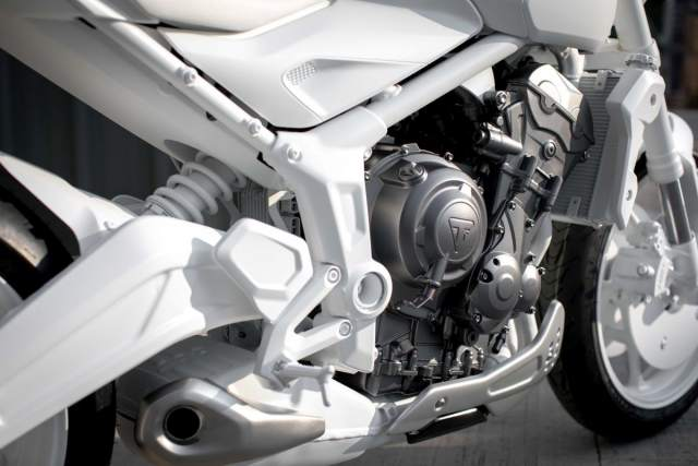 New Triumph Trident middleweight roadster teased ahead ... | Visordown