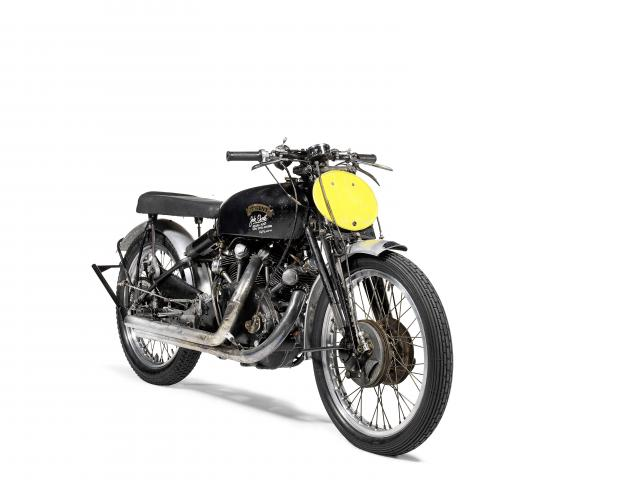 Speed record setting motorcycle sells for almost <img height=