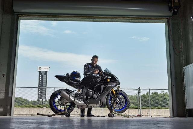 Rossi-inspired Yamaha YZF-R1M exclusively available to order online