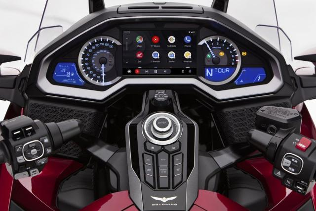 android auto honda gold wing