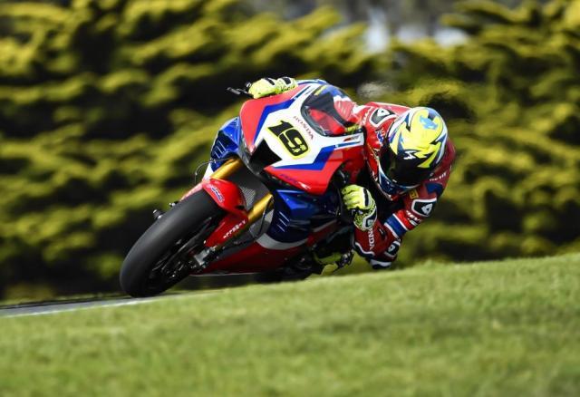 Alvaro Bautista - Honda CBR1000RR-R