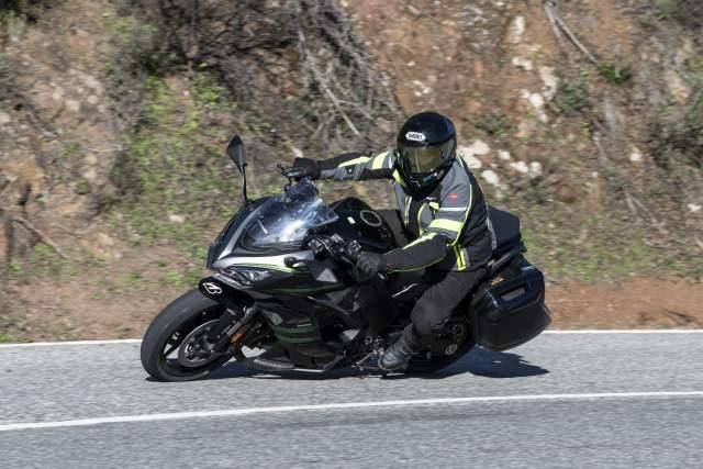 Kawasaki fans can win big at Motorcycle Live Online!