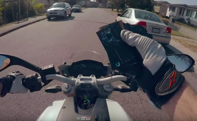 Motovlogger makes video mocking motovloggers