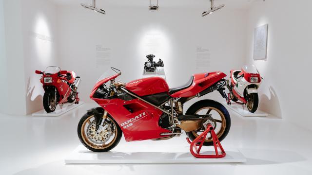 The Ducati 916 that belonged to Massimo Tamburini_5_UC81535_High.jpg