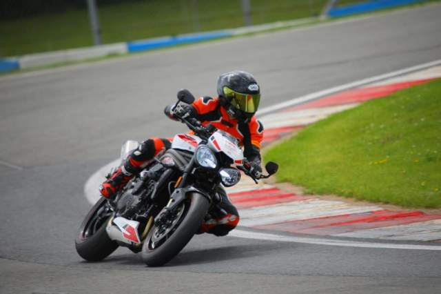 Triumph speed Triple RS track day