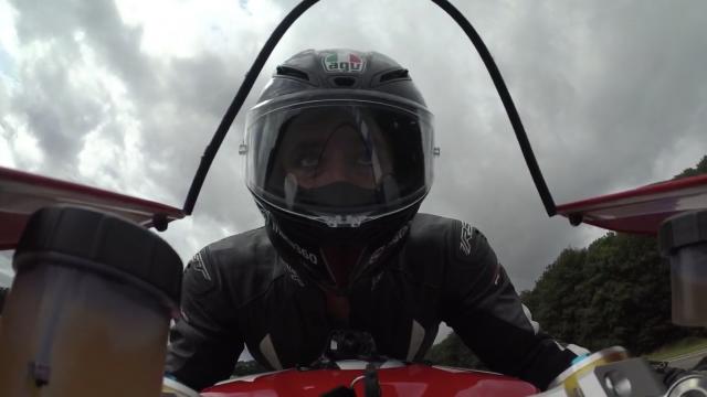 Ducati Panigale V4R (2019) review | Visordown