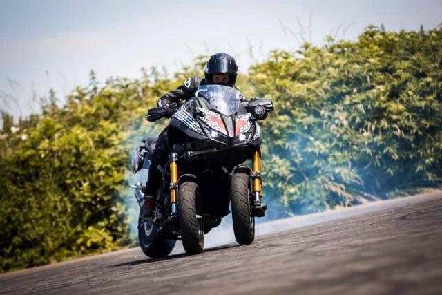 Watch Sarah Lezito put a turbo Yamaha Niken through its paces