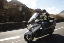 2013 Suzuki Burgman 650 Executive ABS review