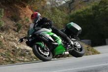 Kawasaki Ninja H2 SX SE video review