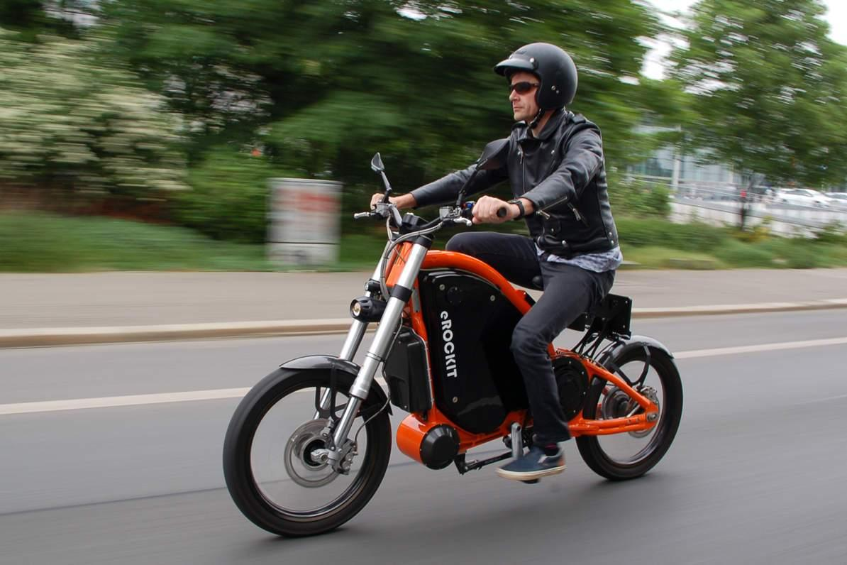 Pedal And Electric Powered Motorbike Leaves Us Stumped Visordown