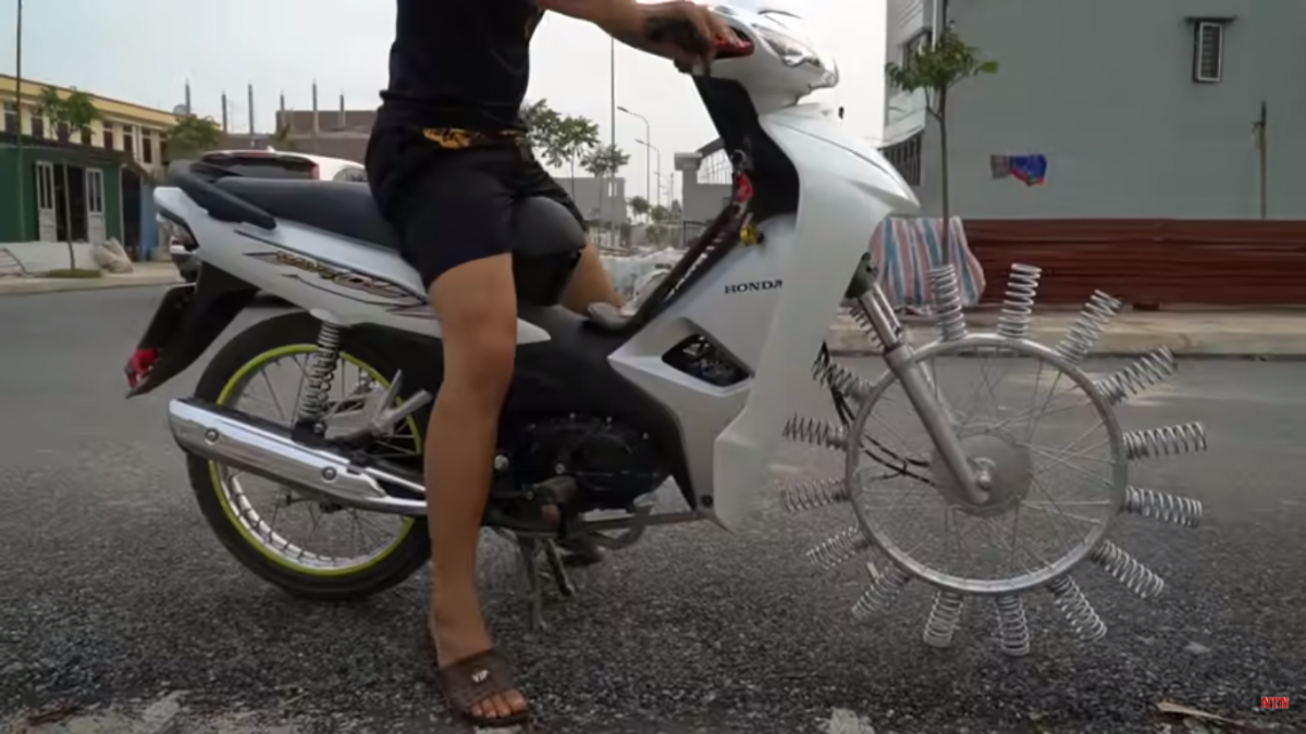 WATCH: Crazy bike with springs for tyres