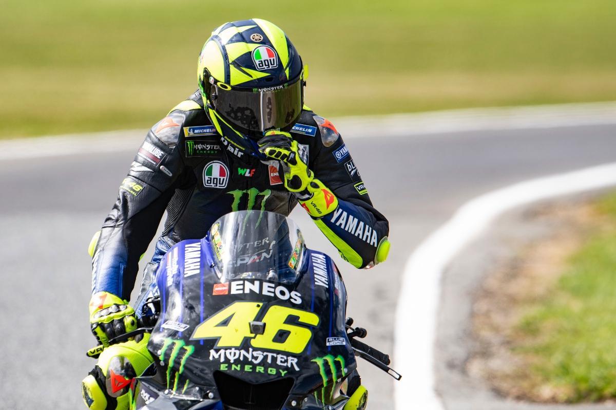 Valentino Rossi - Yamaha MotoGP 1200