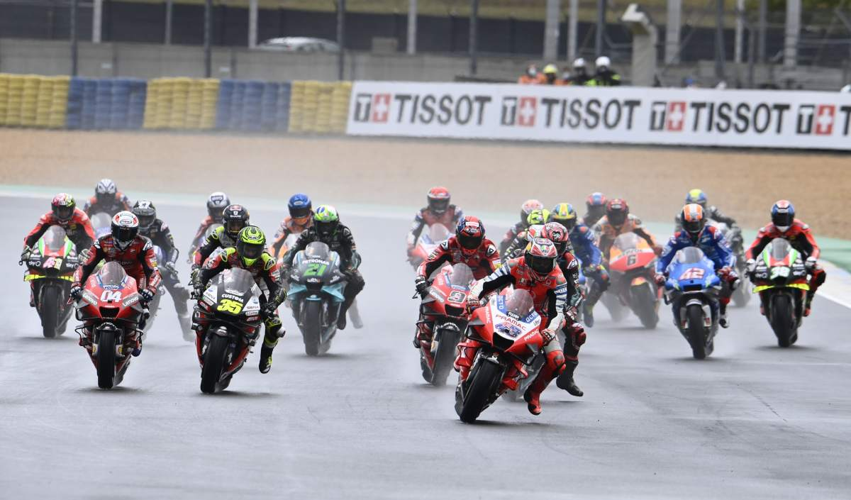Start of the 2020 French MotoGP
