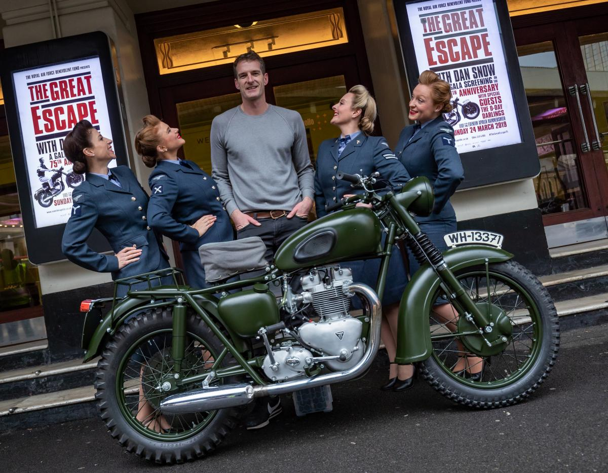 Dan Snow - Great Escape event with D-Day Darlings