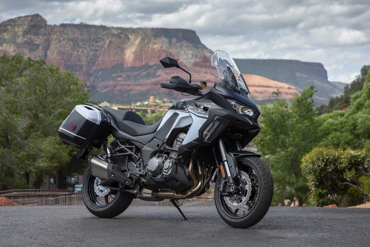 Kawasaki Versys 1000 SE gets Skyhook suspension for 2021