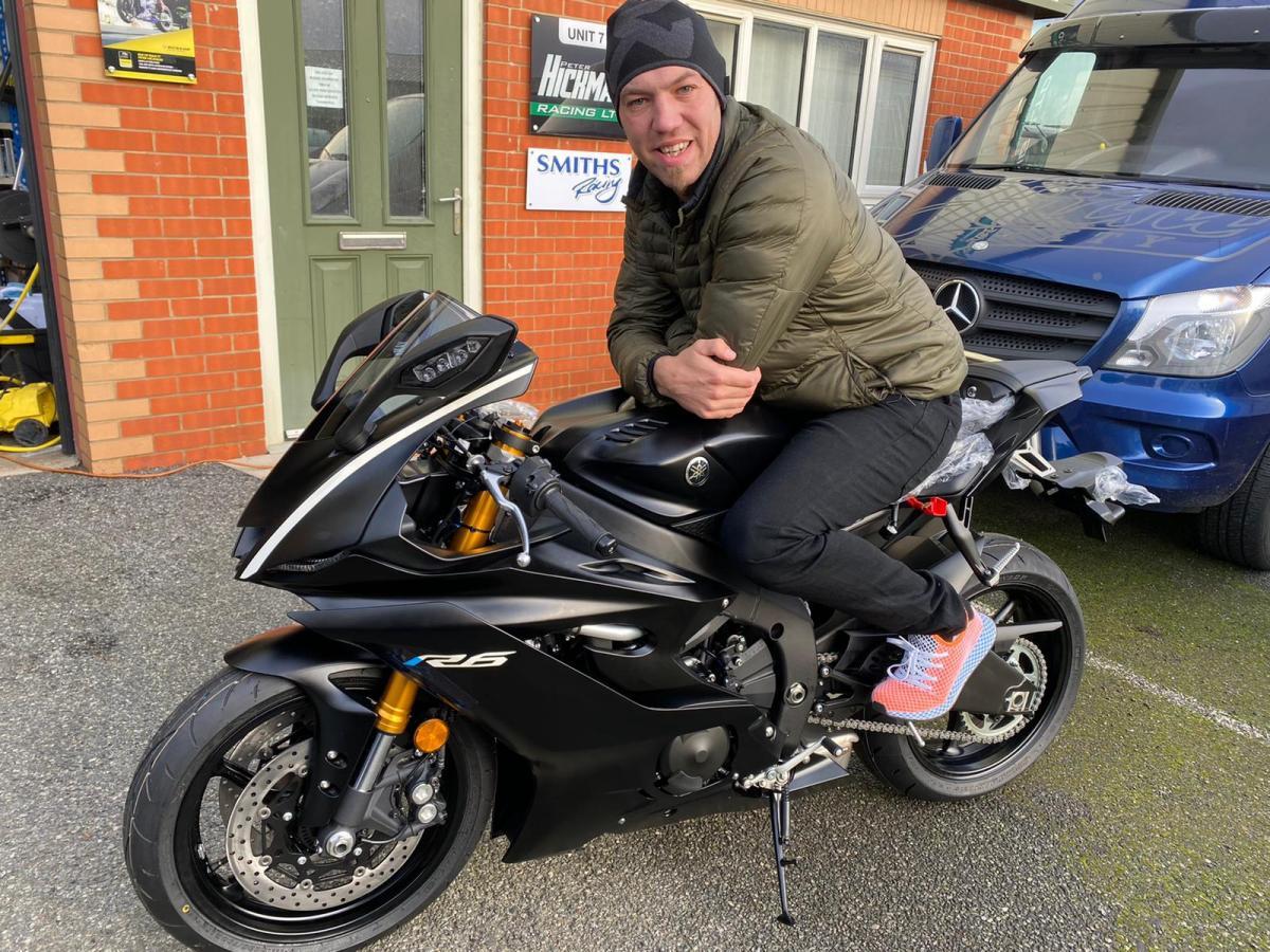 Peter Hickman, Smiths Racing, Yamaha R6