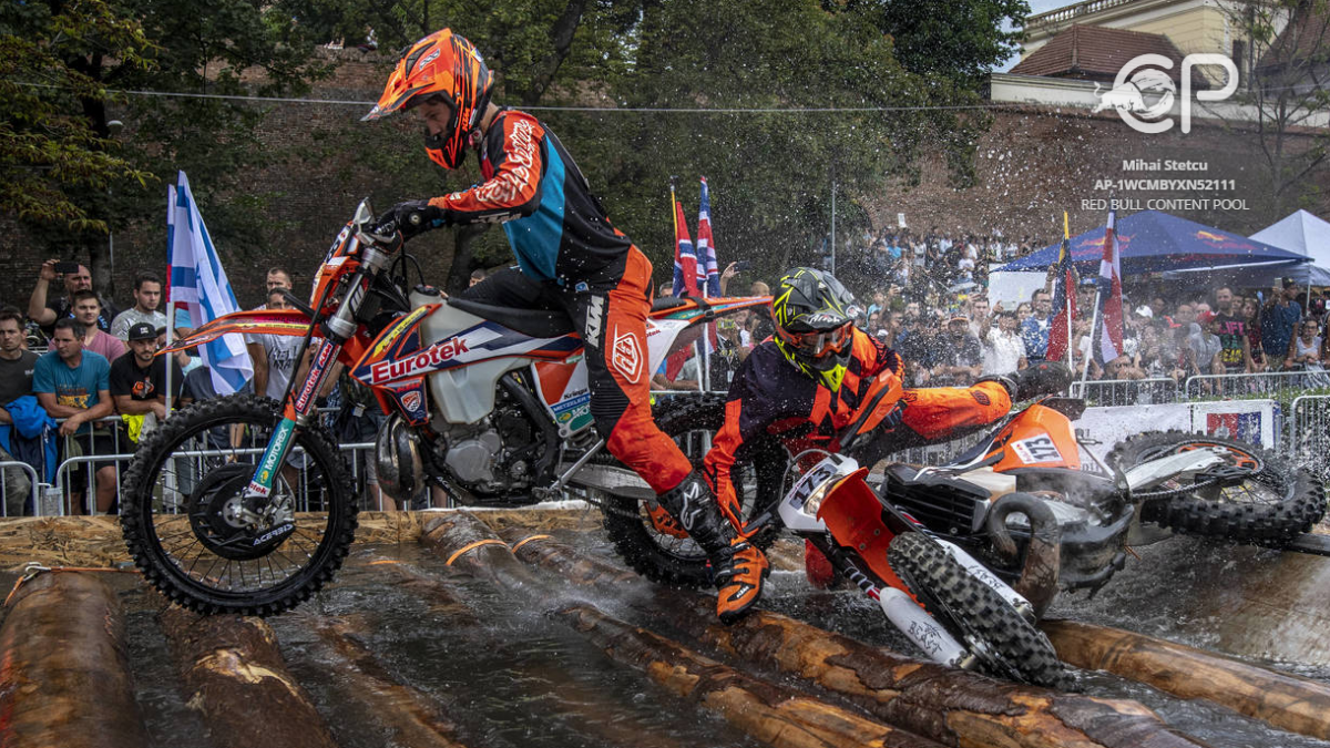 Watch: Insane start to Red Bull Romaniacs 2018