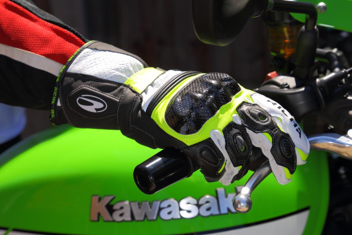 Richa Ravine gloves
