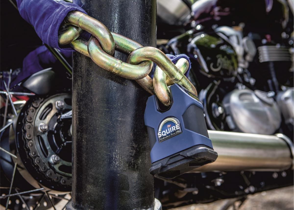 Squire Motolok SS100 lock and chain