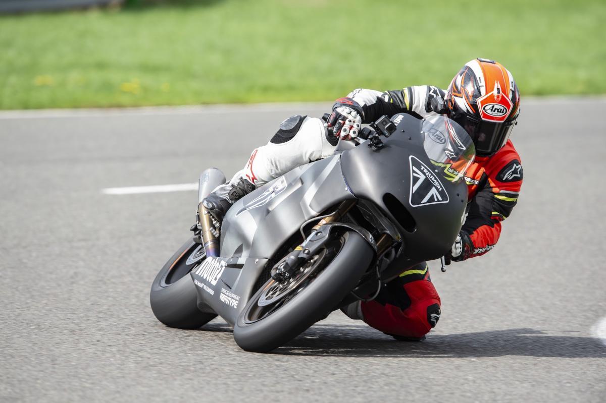 Triumph Moto2 ride