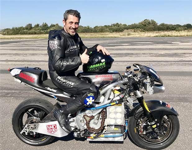 Zef Eisenberg killed during crash at Elvington airfield