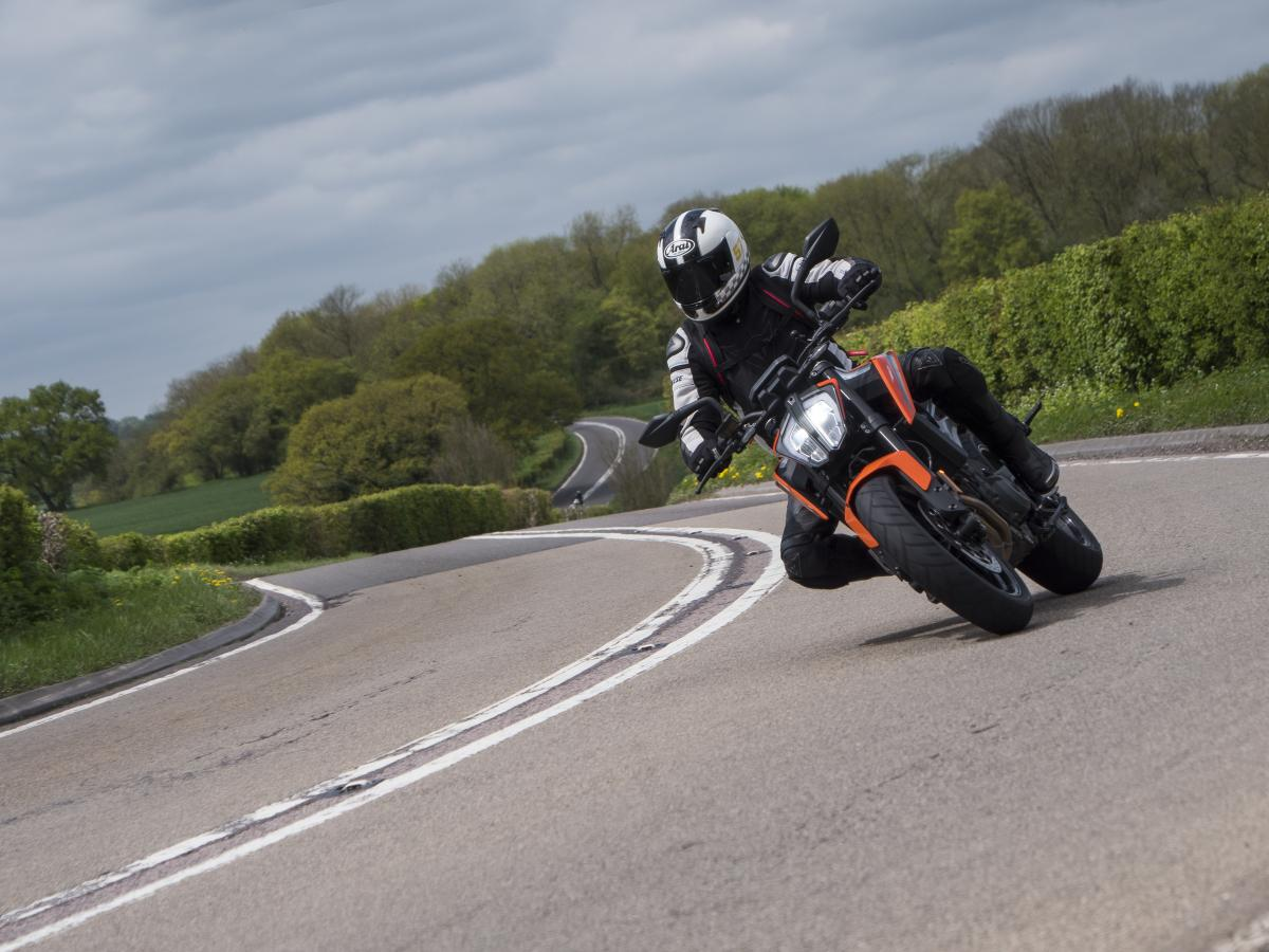 Video: KTM Duke 790 first UK road ride