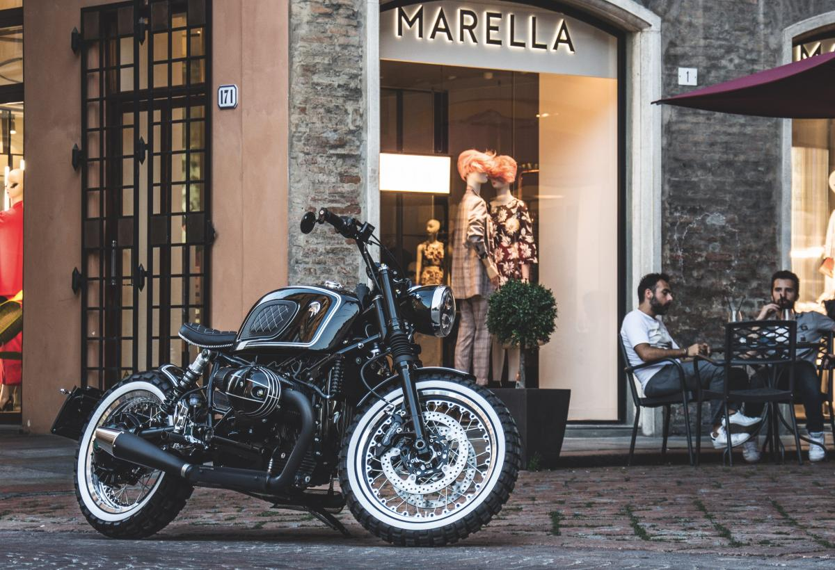 ARES DESIGN BMW R nineT - Modena cafe